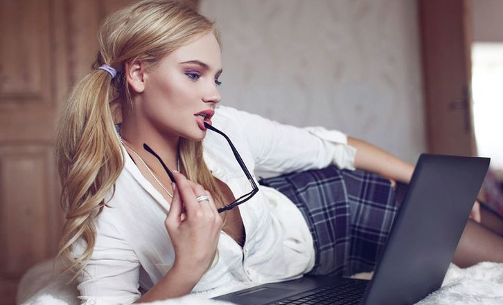 Сексуальные идеи для вирта с проституткой